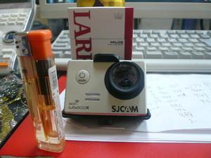 コンパクト4Kカメラ